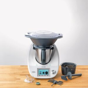 Thermomix aparatul care schimb destinele din buc t rie style and the city - Robot style thermomix ...